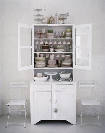 23 Best White Kitchen Hutch That You Must Jump In At Least Once