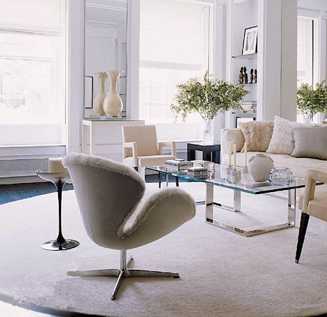 Elle_Decor.Oct.2007 swan chair.jpg