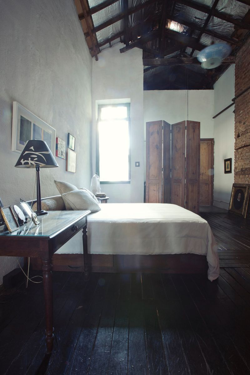 Rue magazine brazil interior design bedroom brick industrial
