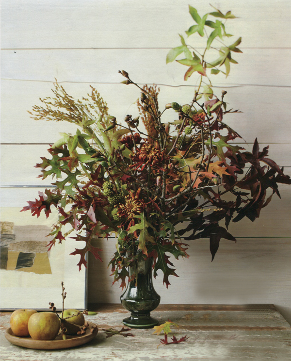Martha-stewart-fall-autumn-leaf-arrangement