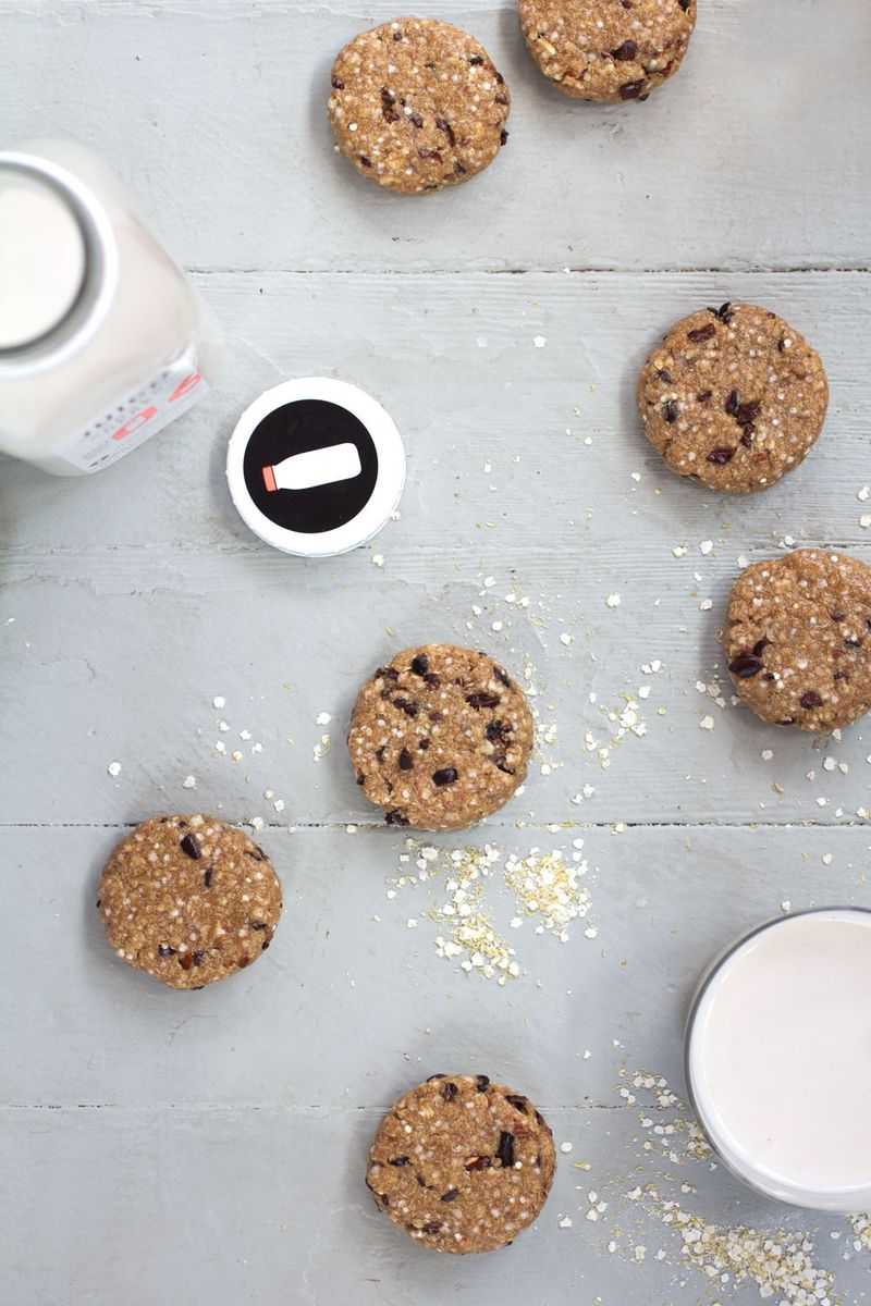 Gluten free no-bake chocolate chip cookies