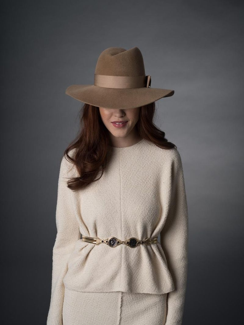 70's fedora outfit