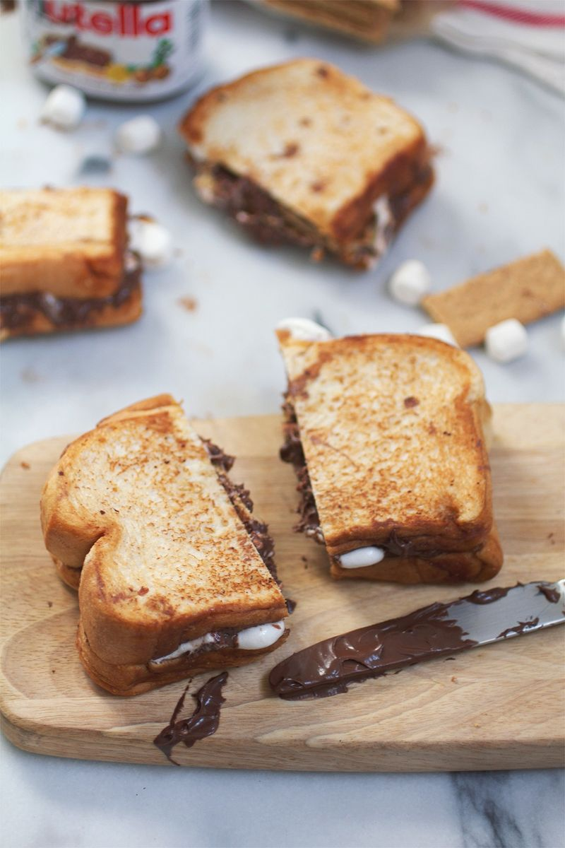Melted grilled s'mores sandwich